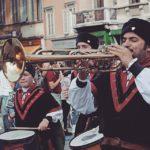 maestadellabattaglia sbandieratori spettacolo rievocazione italia flagthrowers flagwavers flagbearer flag italyhellip